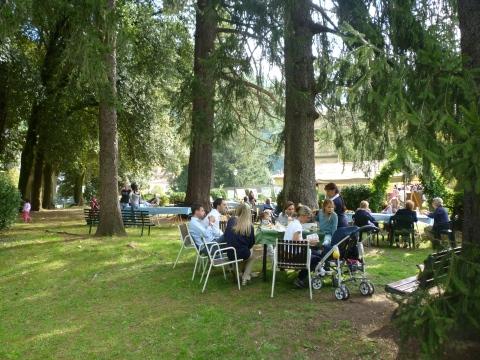 Borgo degli Artisti festival in the gardens of Villa Fiori