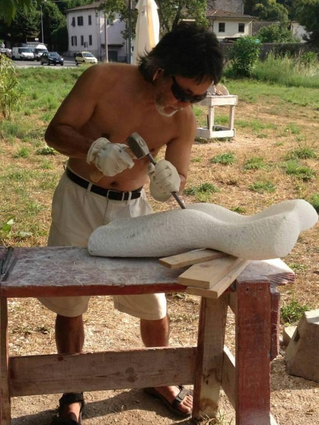 Ryoichi carving
